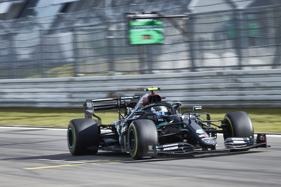 Боттас выиграл квалификацию Гран-при Айфеля «Формулы-1»