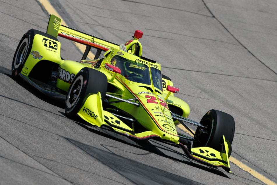 Симон Пажено выиграл гонку IndyCar в Айове при старте с последнего места