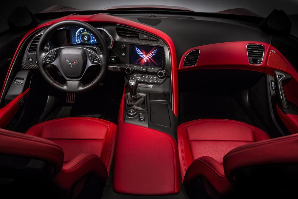 Chevy Corvette Stingray интерьер