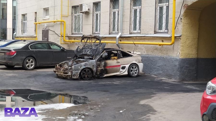 «Русская «Тесла» из деталей с Aliexpress сразу сгорела