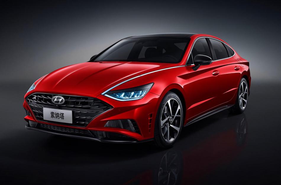 Китайцы превратили Hyundai Sonata в лимузин