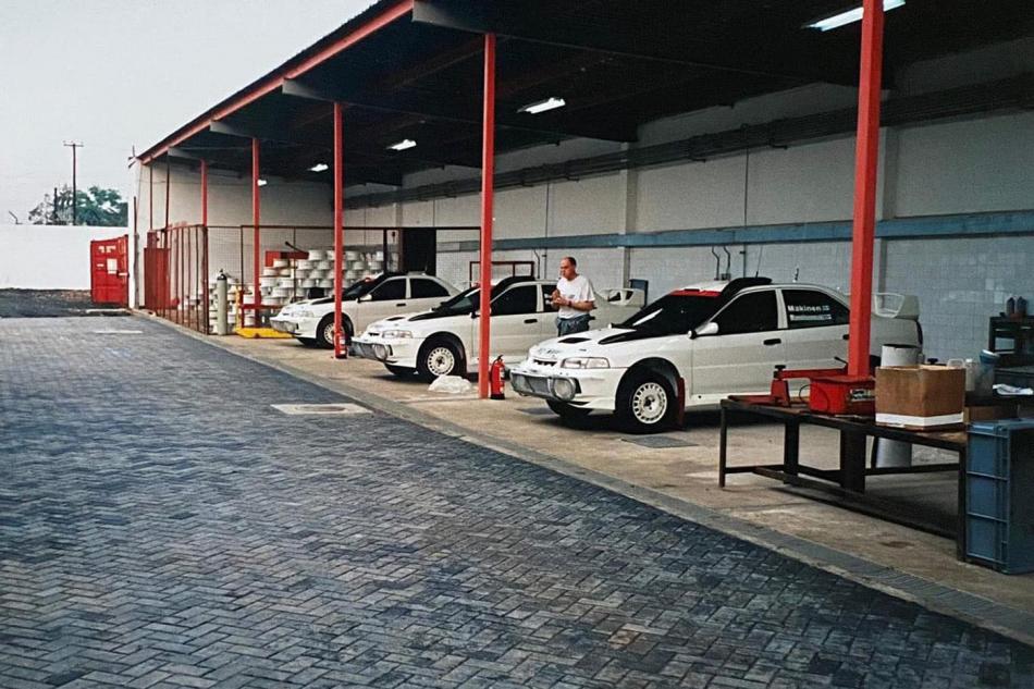 тестовая база команды Mitsubishi в Кении