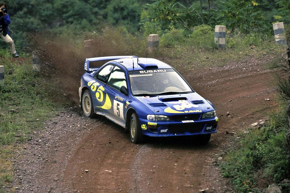 автомобиль Subaru World Rally Team