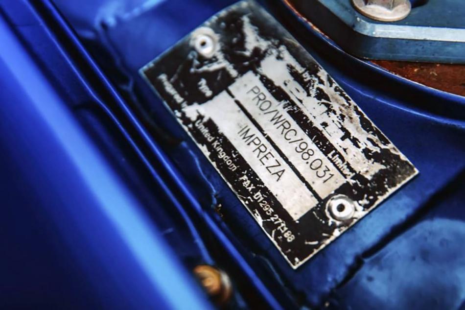 плашка Subaru Impreza WRC с номером шасси 98.031