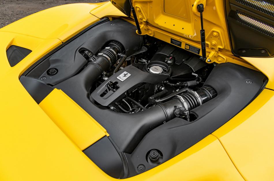 Журналисты раскрыли характеристики супергибрида Ferrari с V6