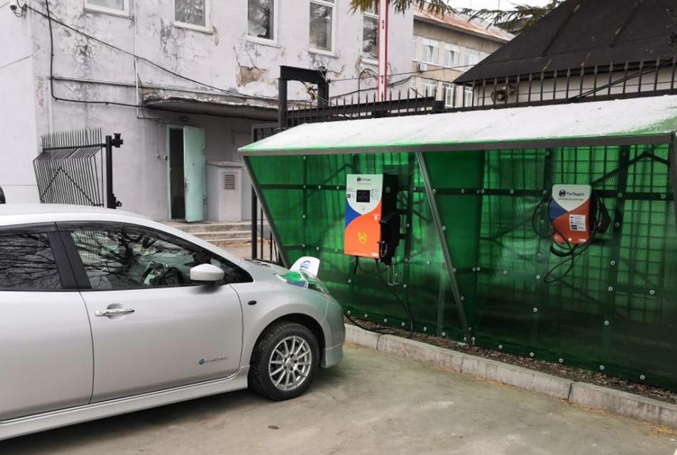 Сеть электрозаправок свяжет Москву и Владивосток через год