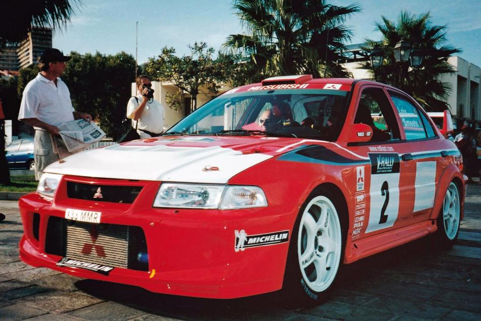 Mitsubishi Carisma GT Evolution VI с госномером «X33 MMR»