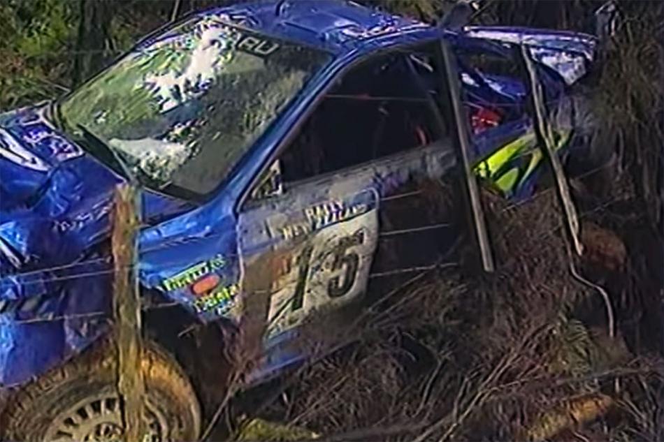 разбитая Subaru Impreza WRC