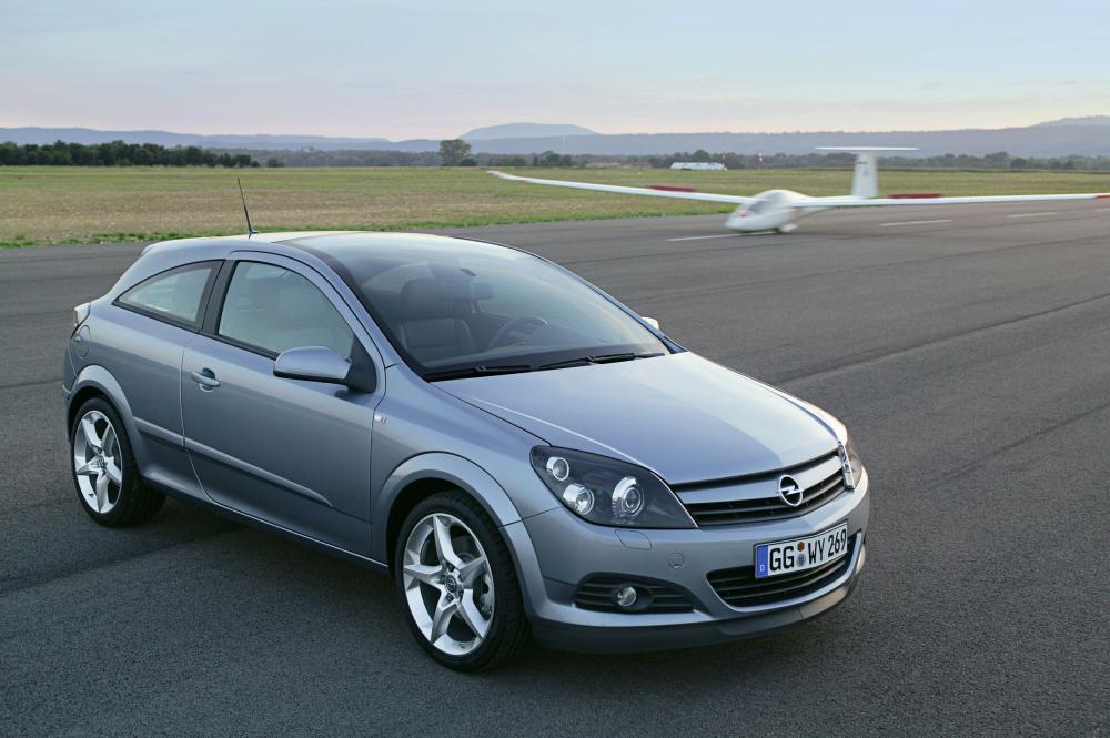 Opel Astra 3 поколение H (2005-2007) Хэтчбек 3 дв. GTC