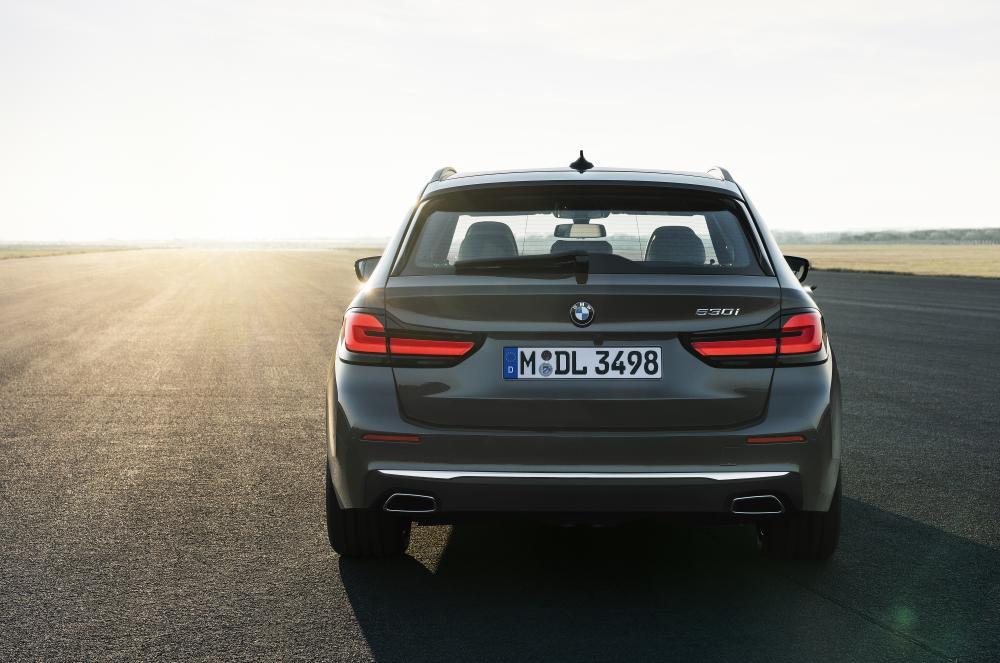 BMW 5 серия 7 поколение G31 [рестайлинг] (2020) Универсал 5 дв.