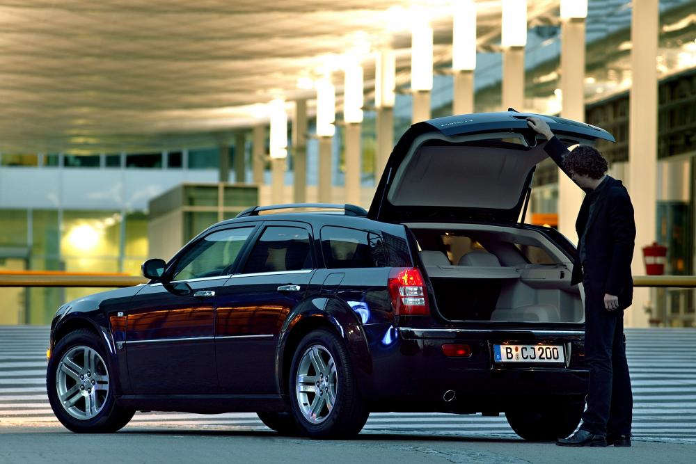 Chrysler 300C 1 поколение (2005-2011) Универсал