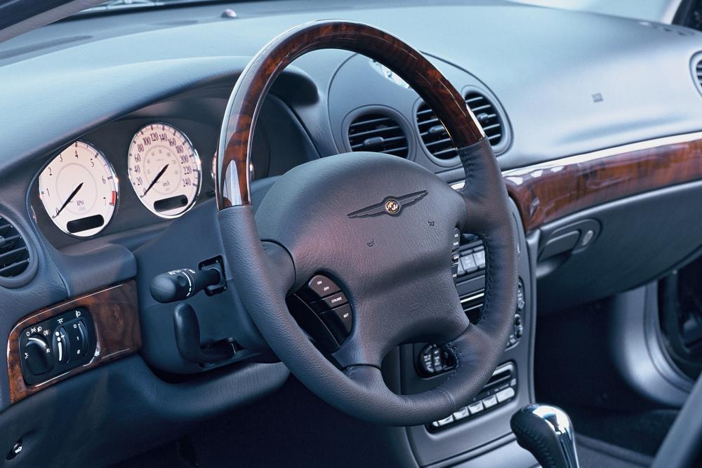 Chrysler 300M 1 поколение Седан интерьер