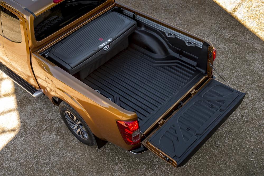 Nissan Navara D23 (2015) Пикап Полуторная кабина King-Cab кузов