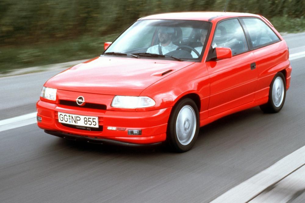 Opel Astra 1 поколение F (1991-1994) GSi хетчбэк 3-дв.