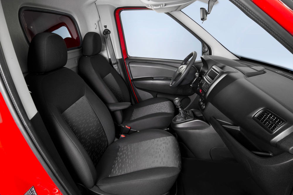 Opel Combo 3 поколение D (2011-2018) Фургон интерьер