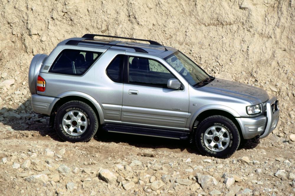 Opel Frontera 2 поколение B [рестайлинг] (2001-2004) Внедорожник 3-дв.