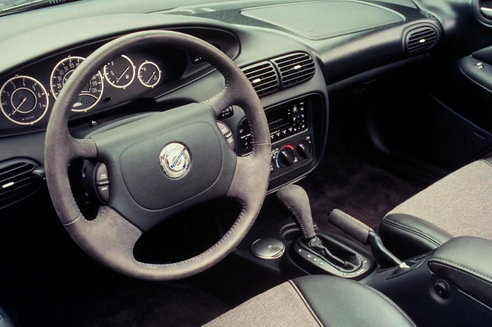 Chrysler Sebring 1 поколение (1995-2000) Купе интерьер