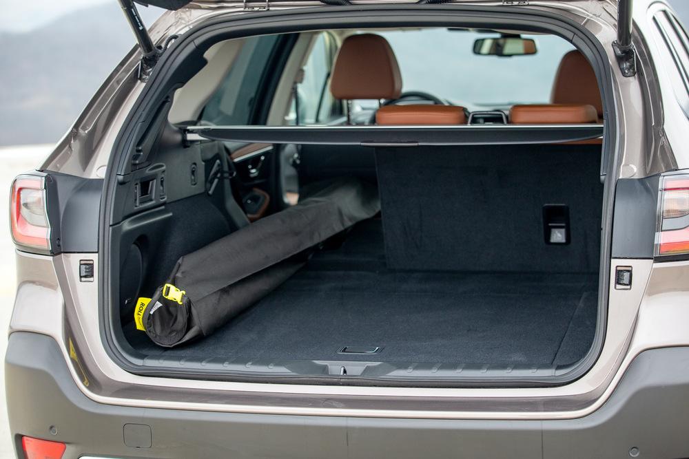 Subaru Outback 6 поколение (2020) Универсал багажник