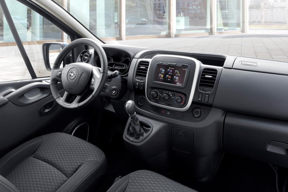 Opel Vivaro B (2014-2019) Минивэн Long интерьер
