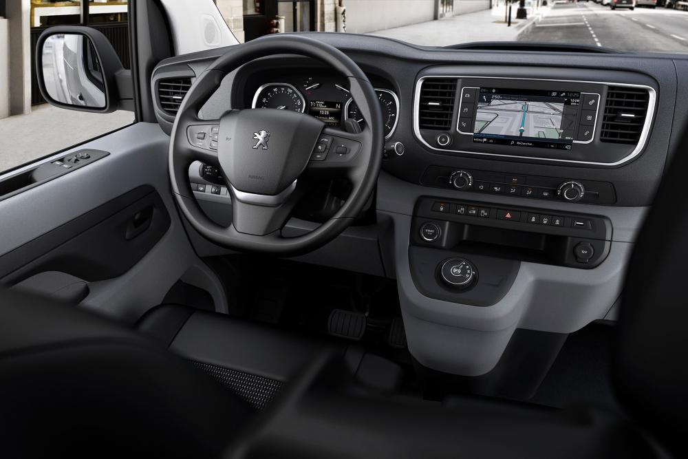 Peugeot Expert 3 поколение (2016) VU фургон интерьер