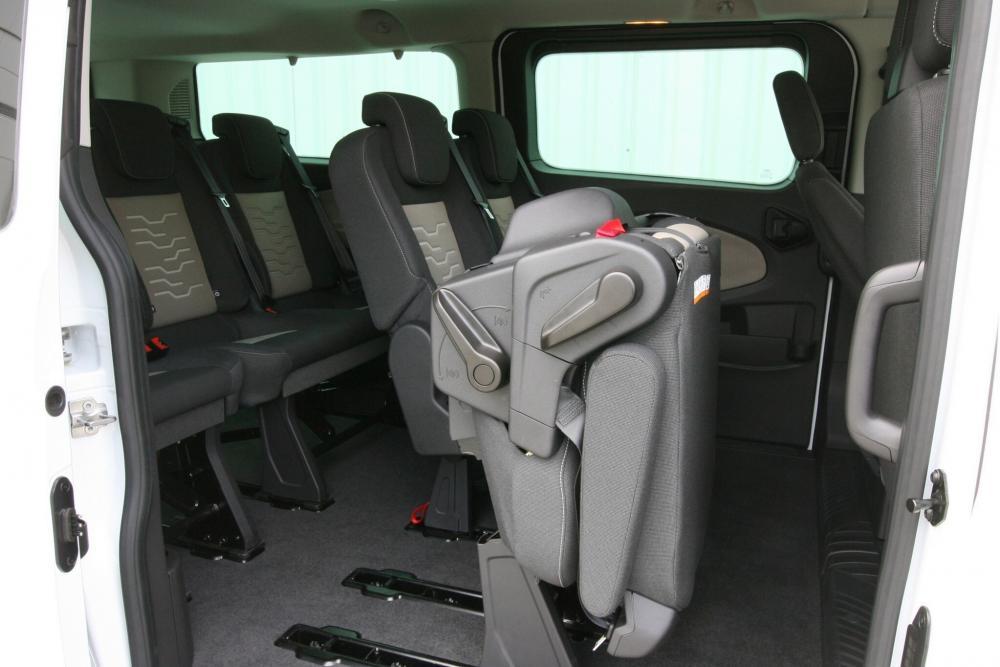 Ford Tourneo Custom 1 поколение Минивэн LWB интерьер