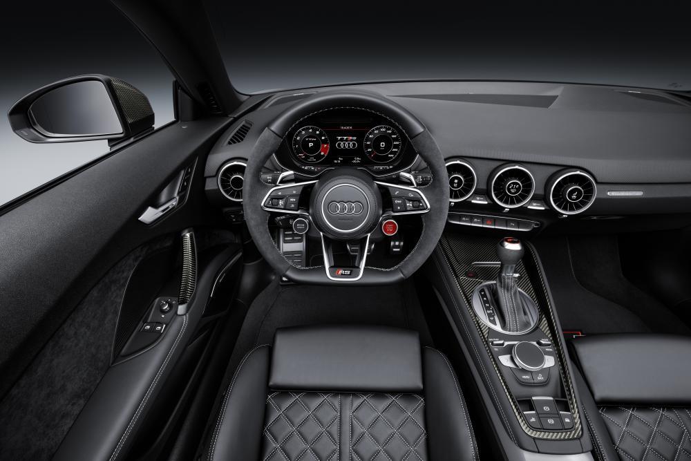 Audi TT RS Typ 8S (2016-) Родстер интерьер