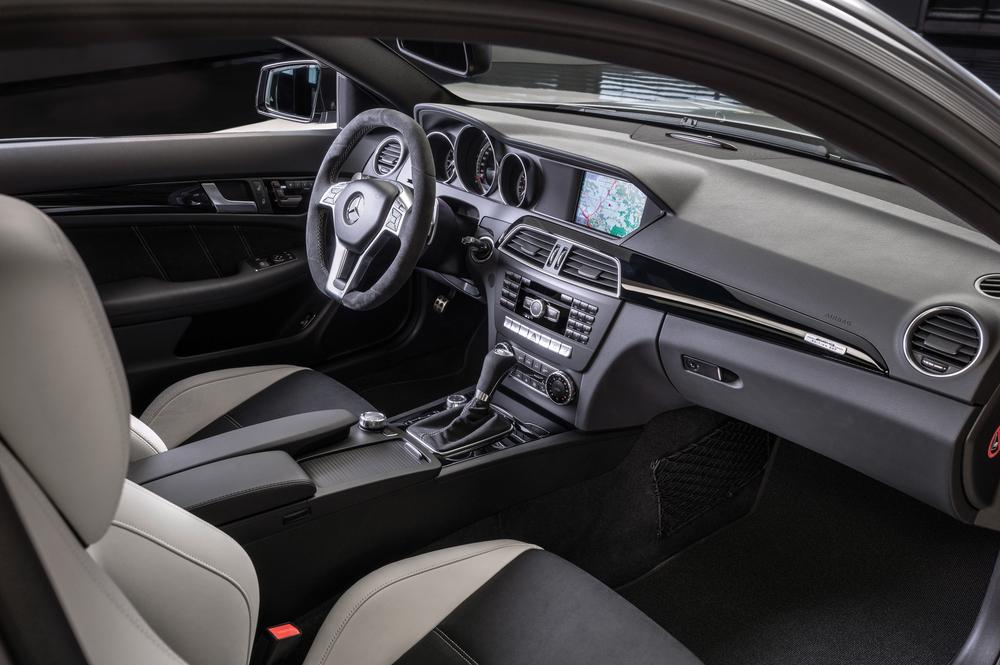 Mercedes-Benz C-klasse AMG W204 [рестайлинг] (2011-2015) Седан