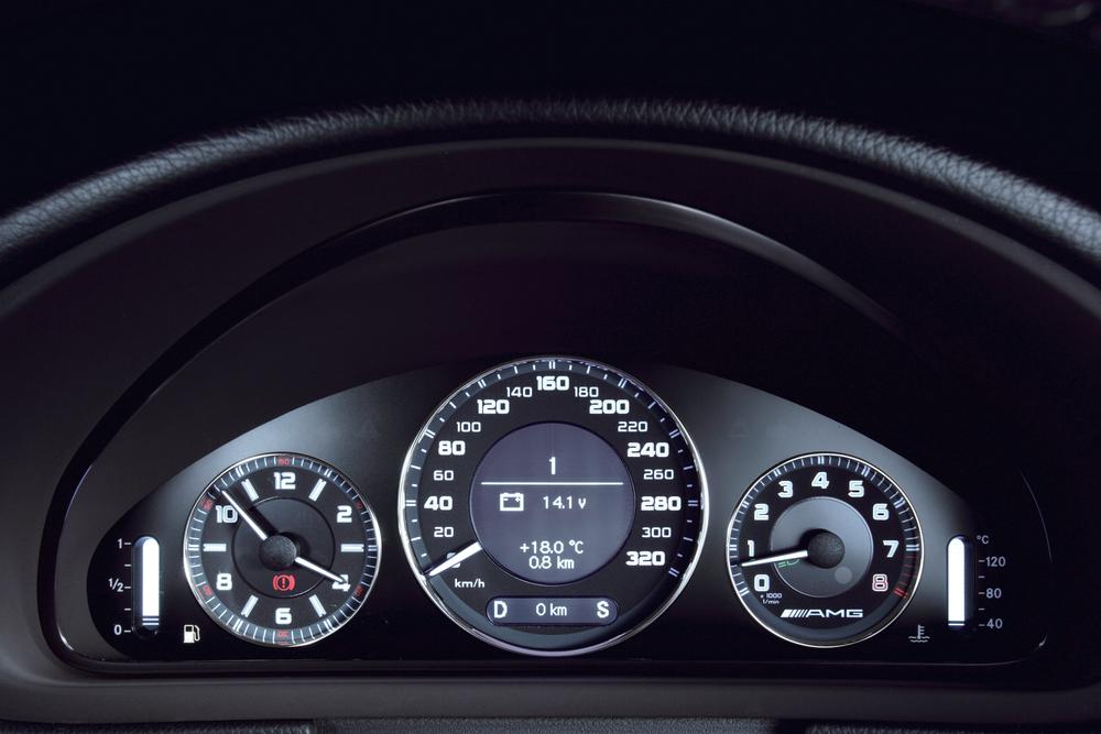 Mercedes-Benz E-klasse AMG W211 [рестайлинг] (2006-2009) Седан