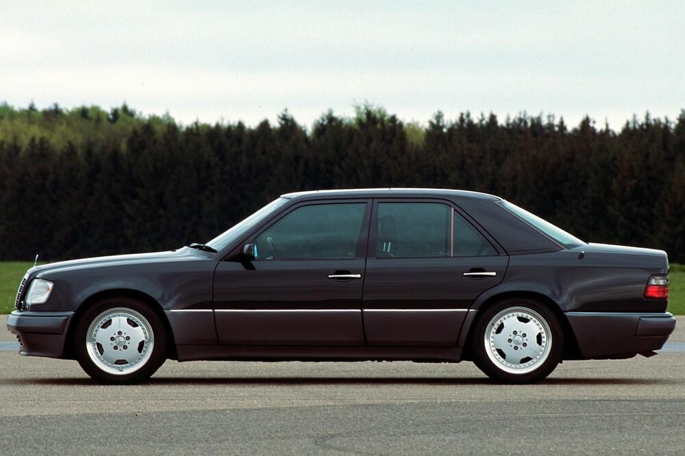 Mercedes-Benz E-klasse AMG W124 (1993-1996) Седан