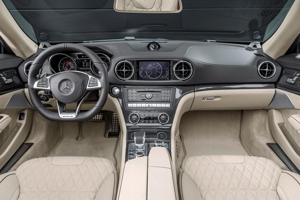 Mercedes-Benz SL-klasse AMG R231 [рестайлинг] (2015-2021) Родстер интерьер