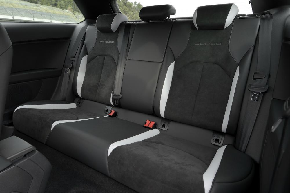 SEAT Leon Cupra 3 поколение Хетчбэк 3-дв. интерьер