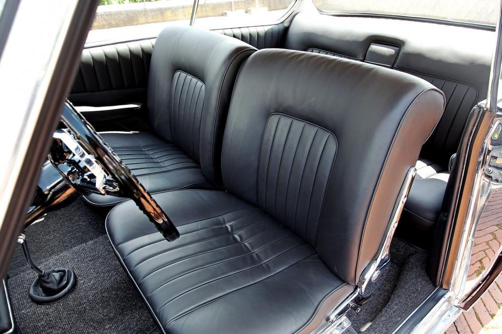 BMW 3200 1 поколение (1962-1965) Купе интерьер