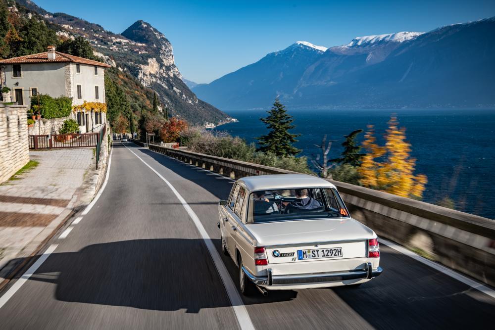 BMW New Class 1800 (1963-1971) Седан