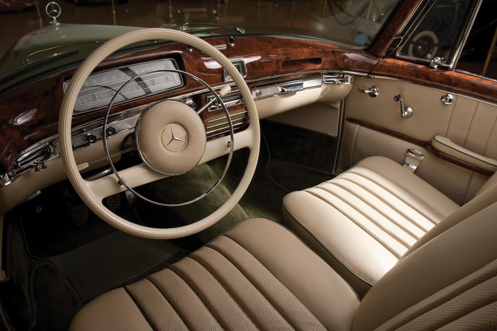 Mercedes-Benz W128 1 поколение (1958-1960) Кабриолет интерьер