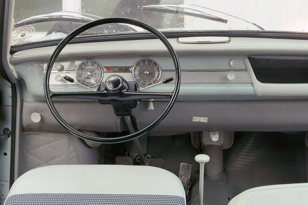 BMW 700 1 поколение (1959-1965) Купе интерьер