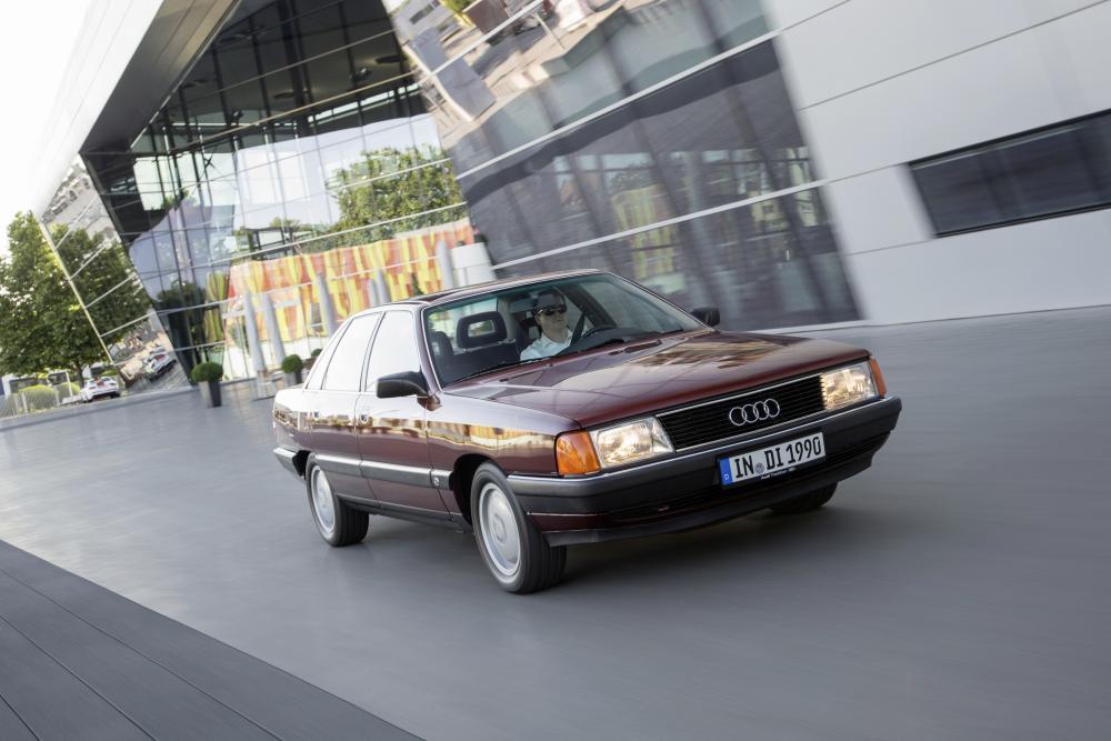 Audi 100 С3 [рестайлинг] (1988-1990) Седан