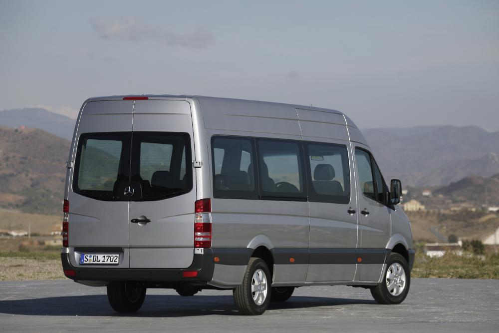 Mercedes-Benz Sprinter W906 Микроавтобус