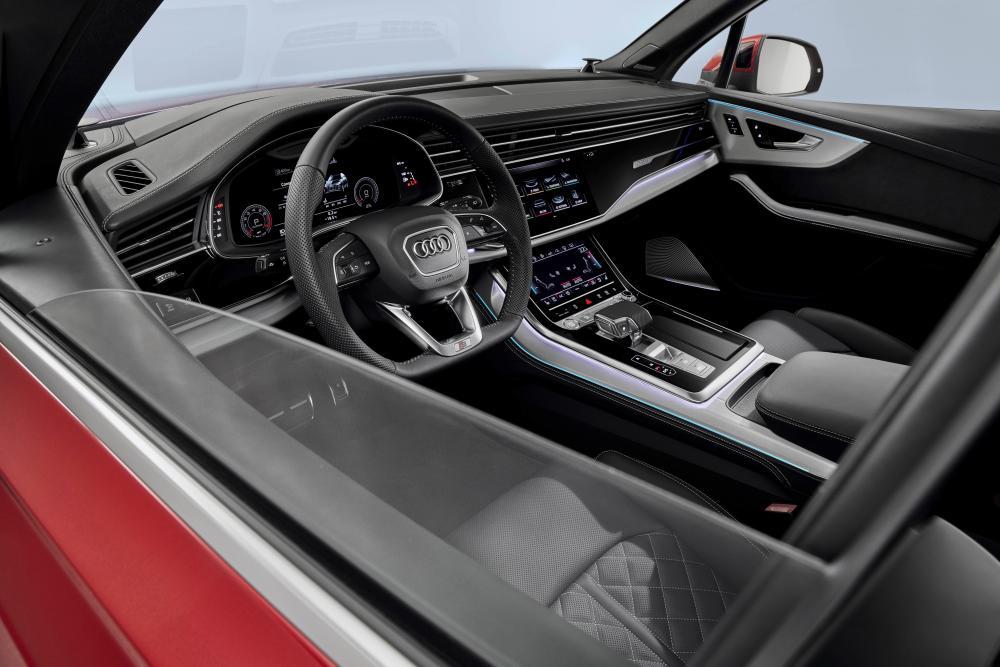 Audi Q7 2 поколение рестайлинг интерьер