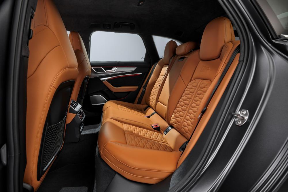 Audi RS Avant 6 C8 4 поколение салон задний ряд