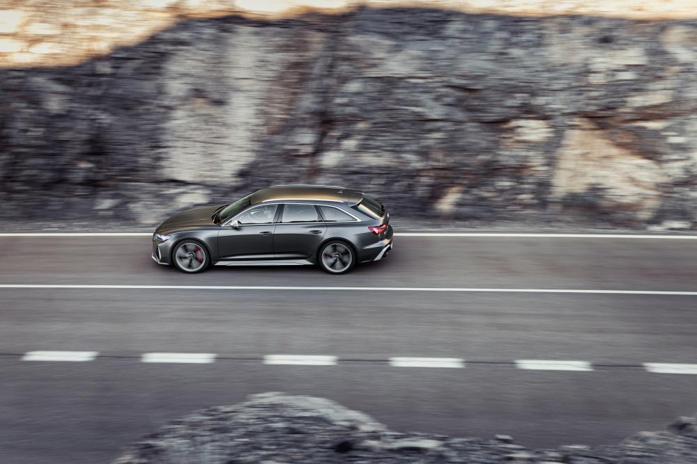 Audi RS Avant 6 C8 4 поколение вид сверху