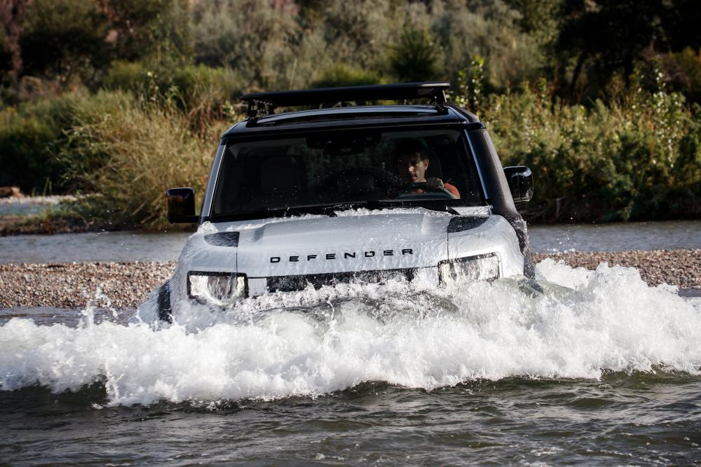 Land Rover Defender 2 поколение 110 5-дв.