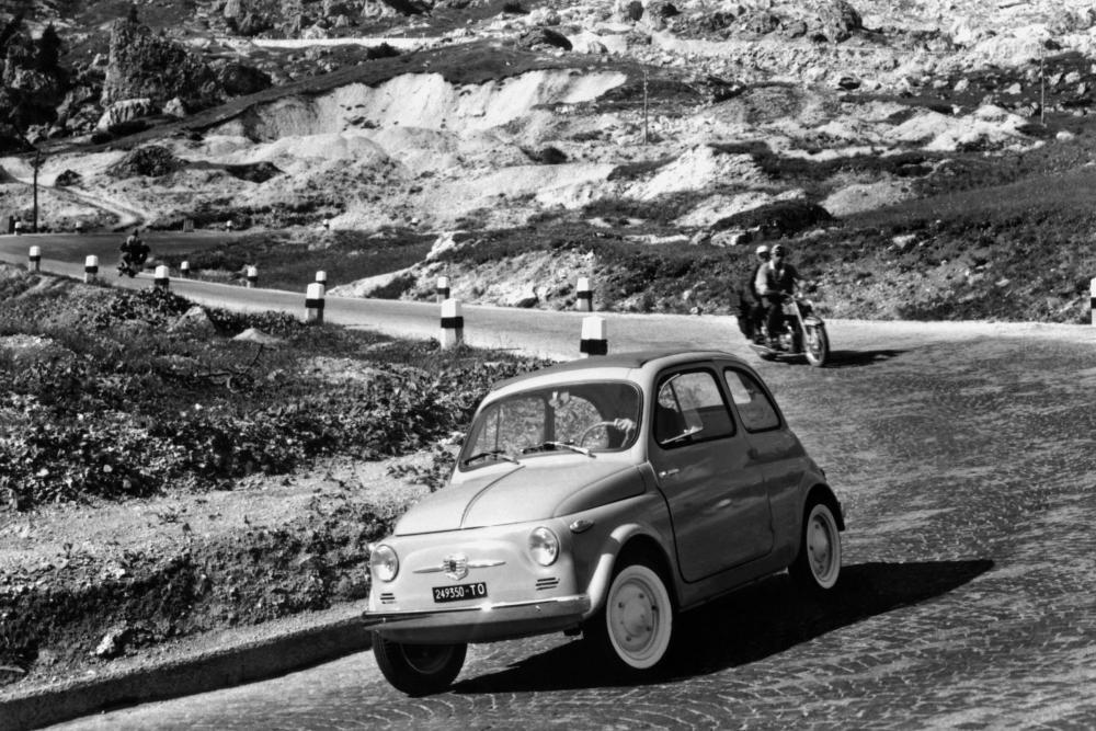 Fiat 500 1 поколение Хетчбэк