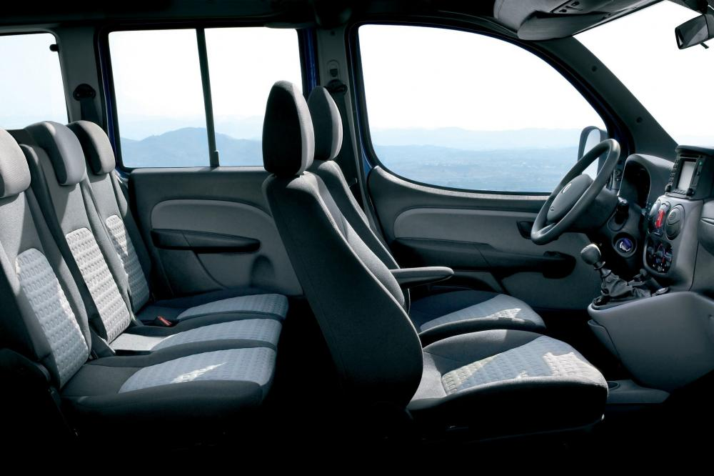Fiat Doblo 1 поколение рестайлинг Panorama минивэн интерьер
