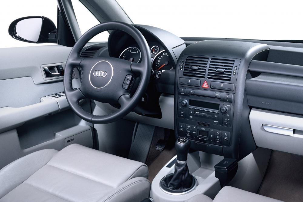 Audi A2 1 поколение 8Z (1999-2005) Хетчбэк 5-дв. интерьер