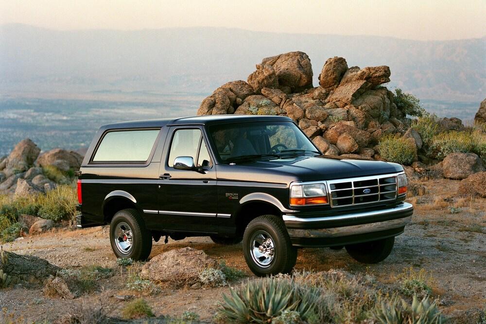 Ford Bronco 5 поколение (1992-1996) Внедорожник