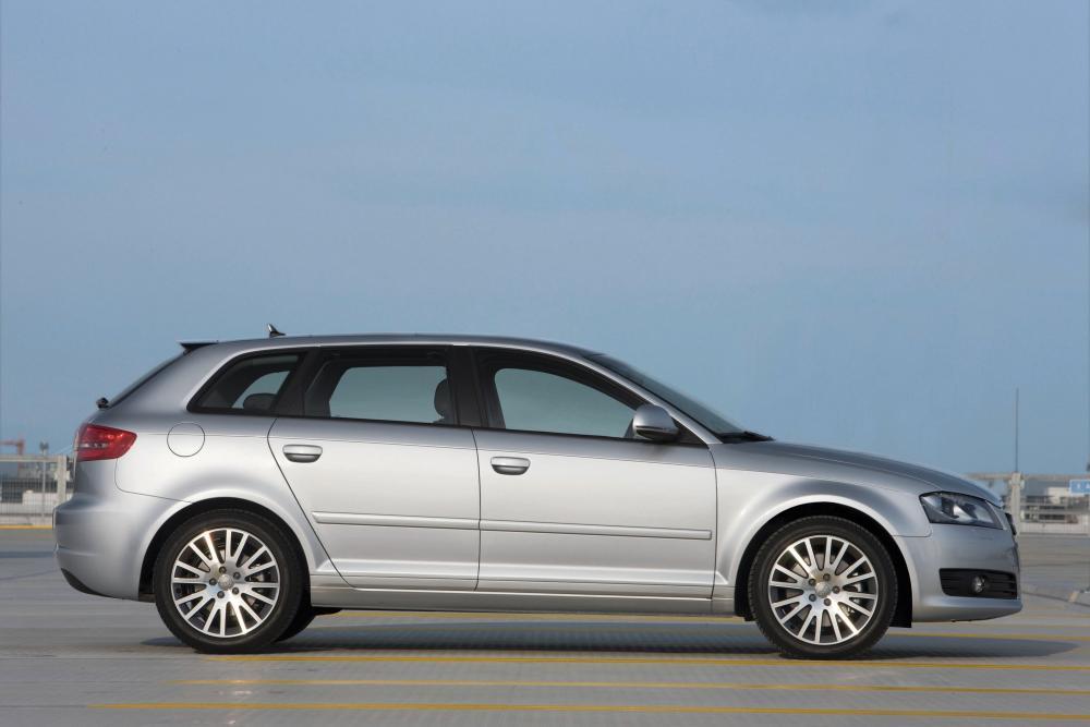 Audi A3 8P/8PA [2-й рестайлинг] (2008-2013) Sportback хетчбэк 5-дв.
