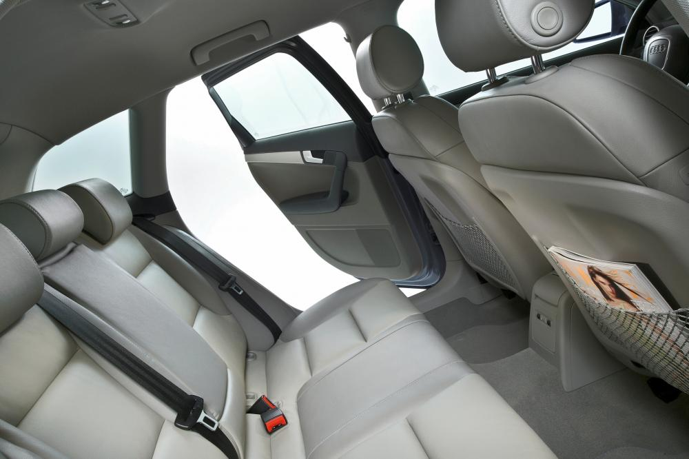 Audi A3 8P/8PA [рестайлинг] (2004-2008) Sportback хетчбэк 5-дв. интерьер
