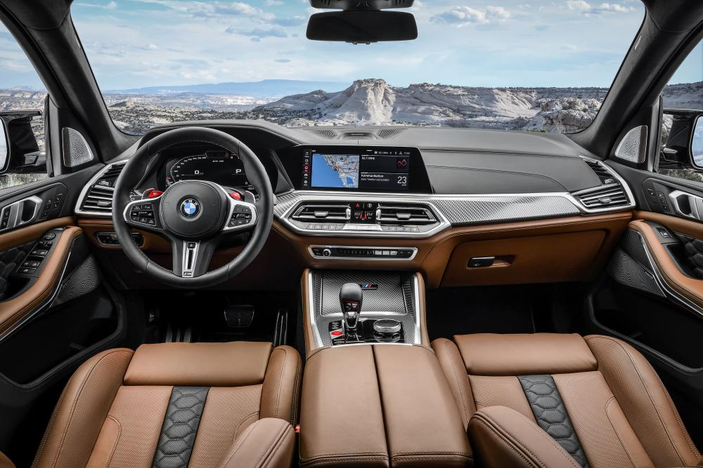 BMW X5 M 3 поколение F95 (2019) SUV интерьер