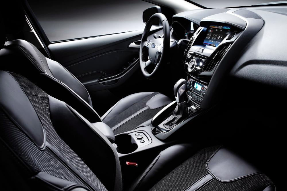 Ford Focus 3 поколение седан интерьер