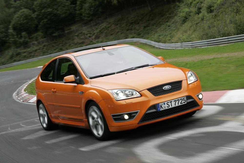Ford Focus 2 поколение ST хетчбэк 3-дв.